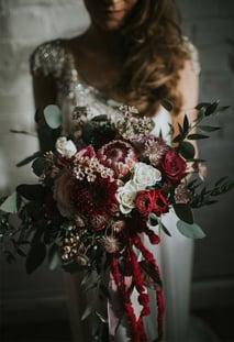 Wedding bouquet ideas for winter   itakeyou.co.uk #winter #bouquet