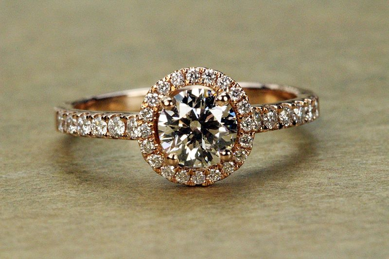 Can Engagement Rings Be Rose Gold? 5 Tips On How To Propose