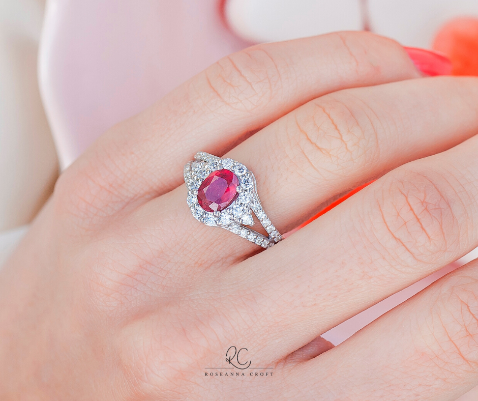 Your Quick Guide to Buying a Coloured Gemstone Engagement Ring