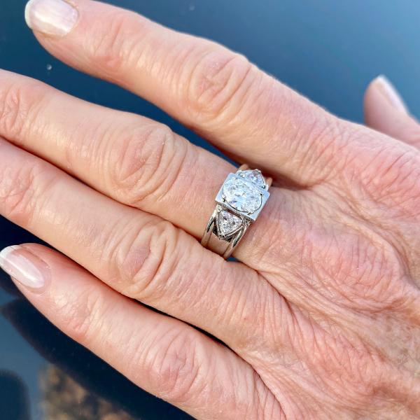 resdesigned-ring-on-finger